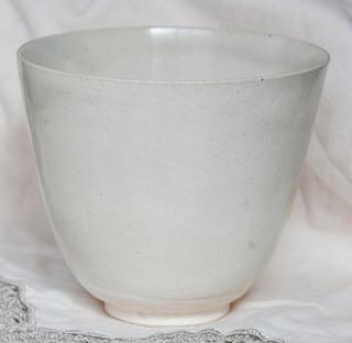 唐白磁杯p (1).JPG