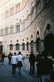 Siena  chigi Salatini.JPG